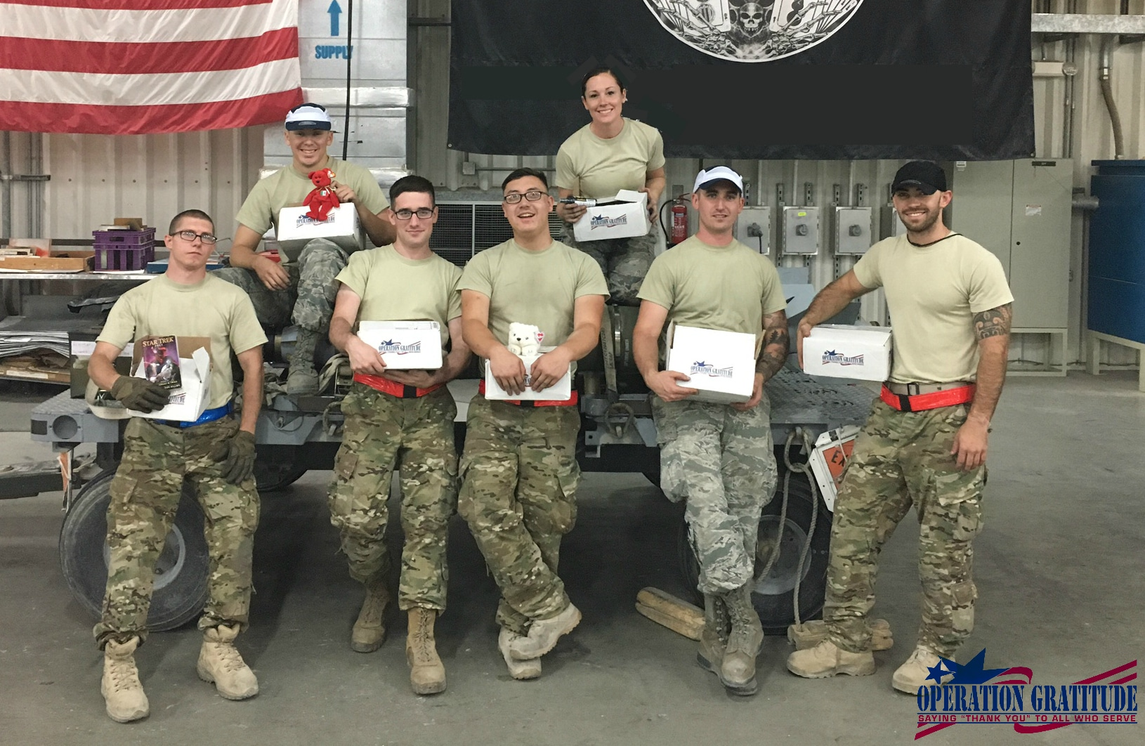 operation gratitude soldiers with boxes